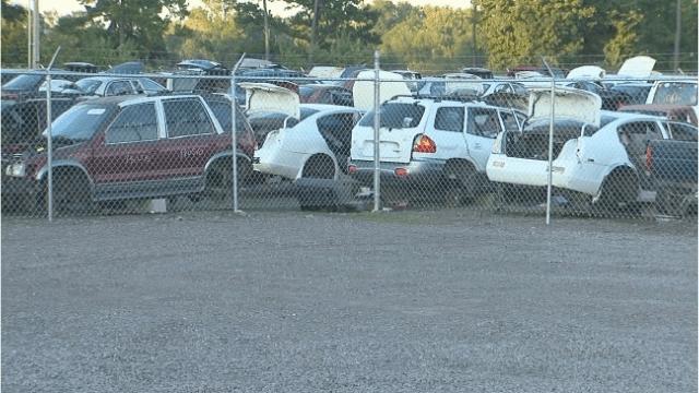 Payless Salvage Auto Parts Phoenix Arizona 3